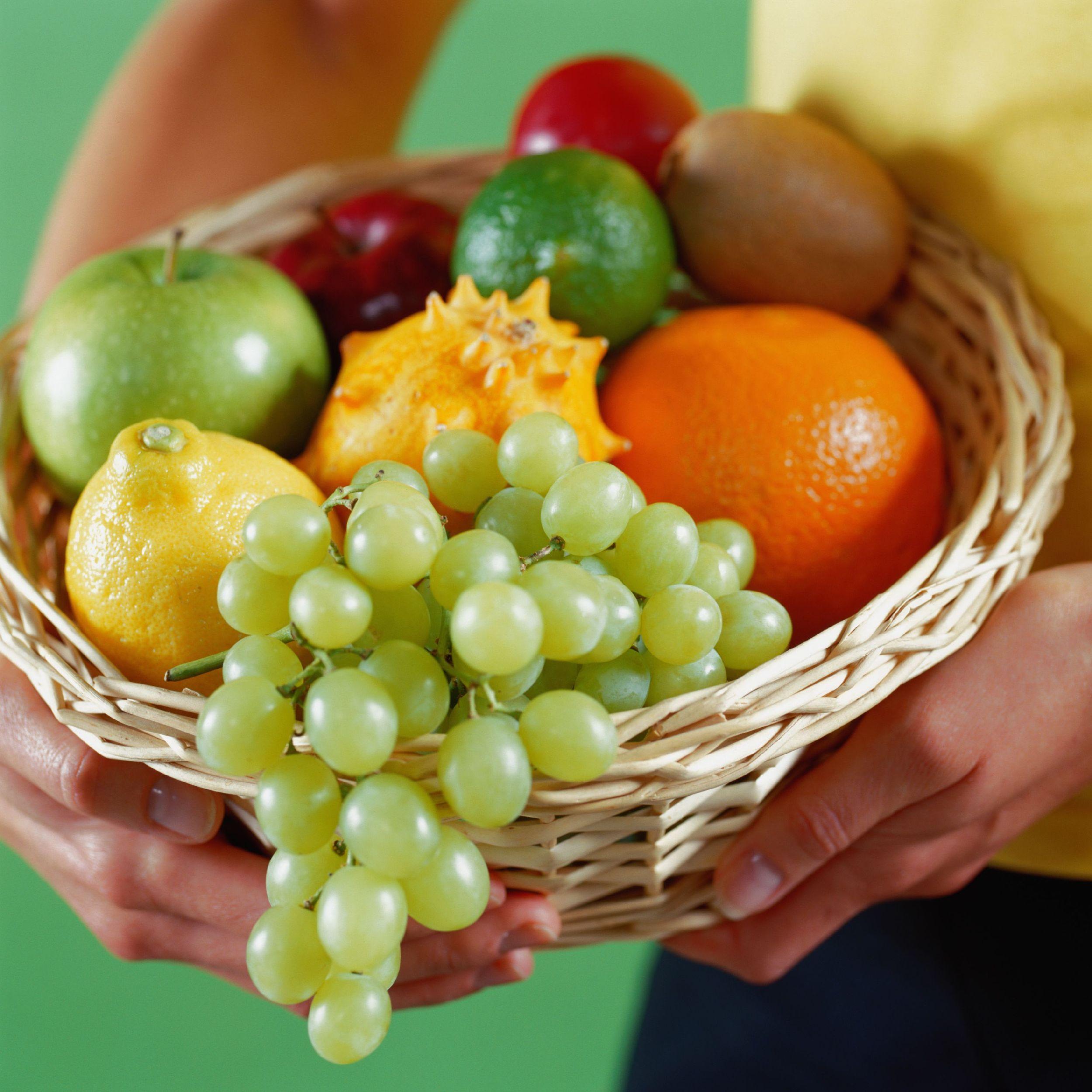 吃水果多,吃蔬菜少