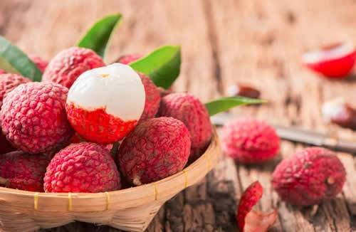 月子里都可以吃什么水果?