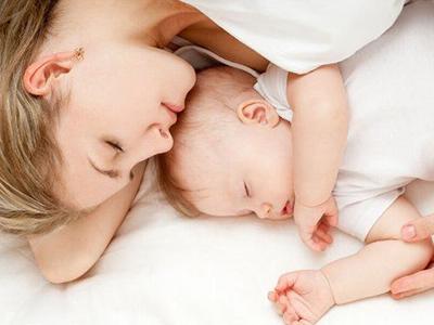 高龄生二胎需谨慎 注意预防早产